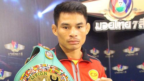 Тайский 47-летний боксер Менайотин повторил рекорд Мэйуэзера