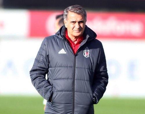 Хайнкес— 1-ый тренер вистории Лиги чемпионов, который одержал победу 11 игр подряд