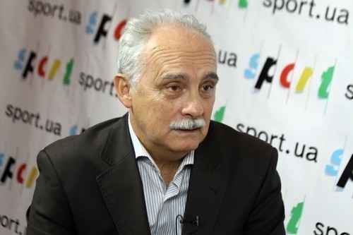 Федерация футбола Украины наказала Олимпик задоговорные матчи