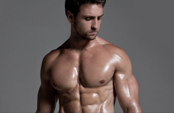 Комплексная тренировка груди дома для мужчин