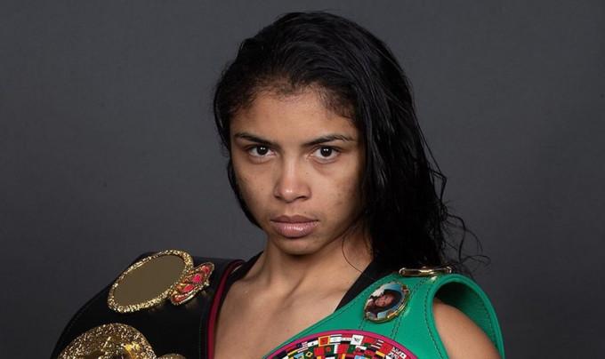 Бокс возвращается поединком женщин. Не пропустите мастер-класс от Брекхус