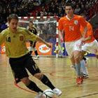 Голландцы дважды уступили Испании