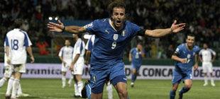 Группа 8. Хет-трик Джилардино спасает Италию после 0:2+ВИДЕО