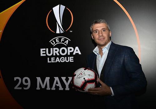 Эрнан Креспо посетил музей Лиги Европы в Баку