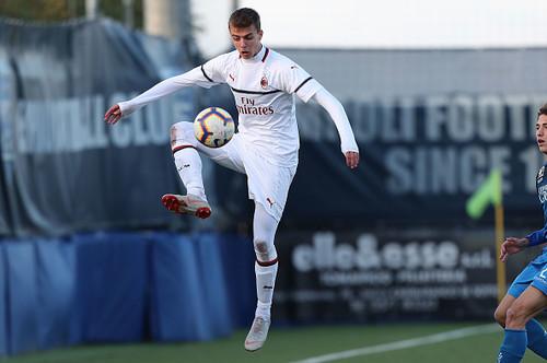 Милан намерен продлить контракт с сыном Мальдини