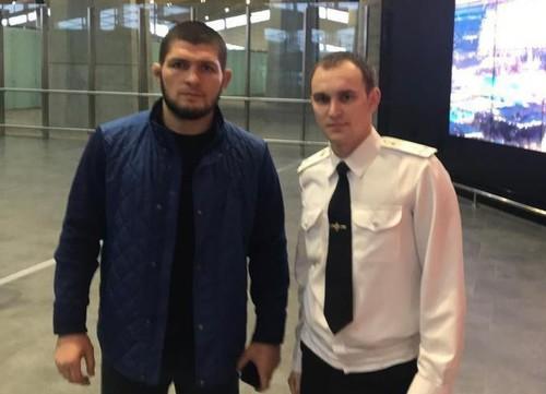 Хабиба задержали в аэропорту по подозрению в связях с ИГИЛ