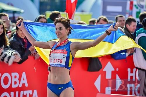 Украинская легкоатлетка стала второй на соревнованиях в Италии