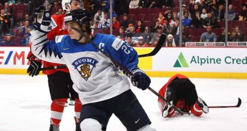 Молодежный ЧМ по хоккею. Финляндия стала вторым финалистом турнира