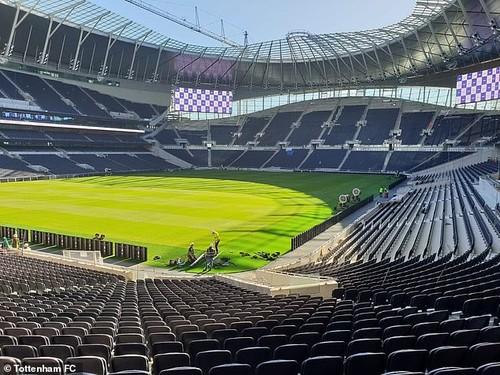 Тоттенхэм может дебютировать на новом стадионе 16 марта