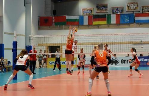 Начался финальный турнир чемпионата Европы U-19 среди женщин