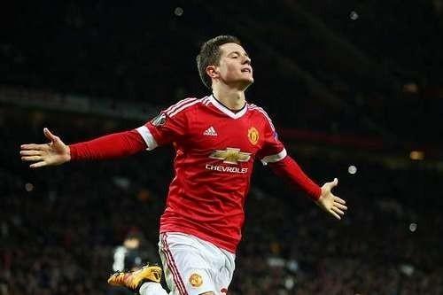 Манчестер Юнайтед сохранит в составе Эрреру