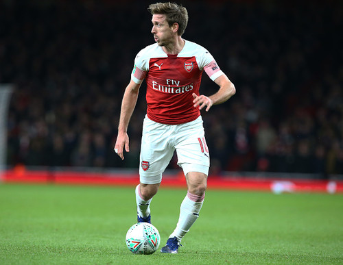 Арсенал продлит контракт с 32-летним защитником