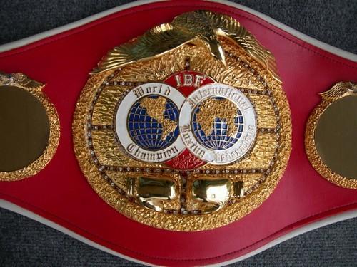 IBF изменила правила распределения гонораров в чемпионских поединках