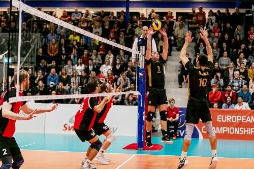 Сборная Украины одолела Швейцарию в пяти партиях