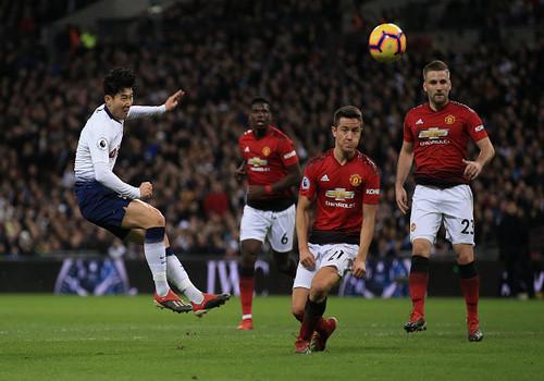 Манчестер Юнайтед продлил победную серию, обыграв Тоттенхэм на Уэмбли