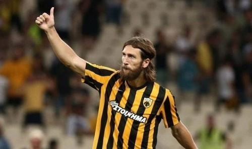 Чигринский заработал пенальти в свои ворота в матче чемпионата Греции