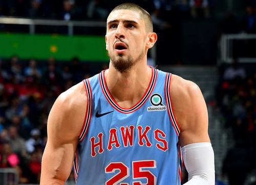 НБА. 24+11 Лэня помогли Атланте обыграть Оклахому-Сити