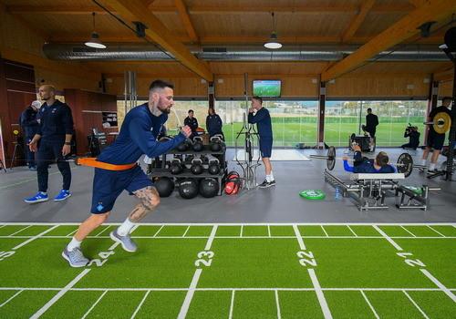 Динамо в Марбелье: силовые нагрузки и акцент на работу с мячом