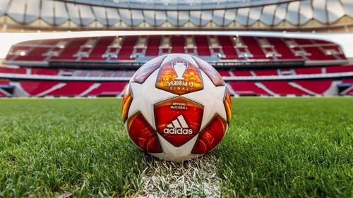 УЕФА представил официальный мяч плей-офф Лиги чемпионов