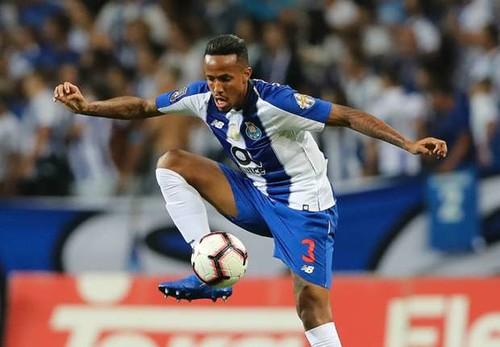 Реал согласовал трансфер защитника Порту