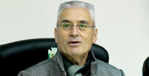 Тренер Карпат: «На сборах решим, в каком стиле будет играть команда»