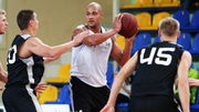 МБК Николаев пригласил на просмотр двух игроков