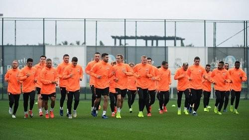 Шахтер покажет матчи с Хайдуком и Карабахом