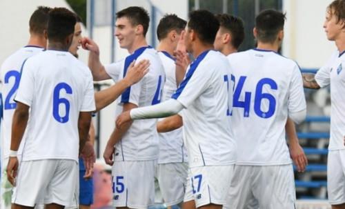 Динамо не смогло обыграть Стяуа в товарищеском матче