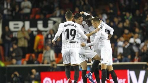 Валенсия — Вильярреал - 3:0. Видео голов и обзор матча