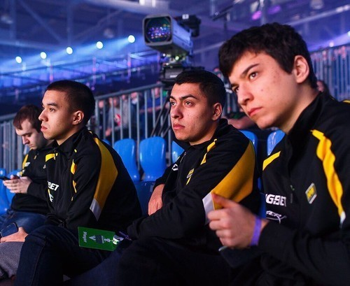 Na'Vi узнали соперников в квалификации на DreamLegue S11