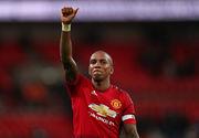 Янг продлит контракт с Манчестер Юнайтед