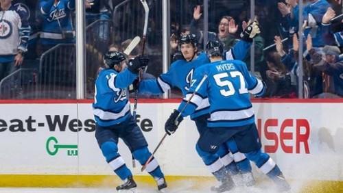 НХЛ. 9 шайб Виннипега, победы Тампы и Айлендерс, поражение Питтсбурга