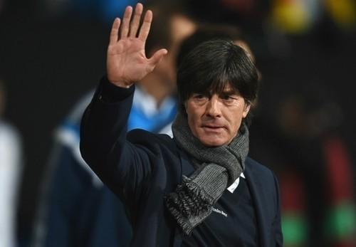 В сборной Германии введен комендантский час