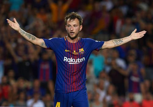 Агент Ракитича уверен, что игрок останется в Барселоне