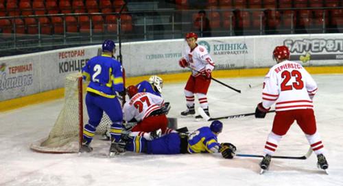 Сборная Украины по хоккею уступила Польше в первом матче года