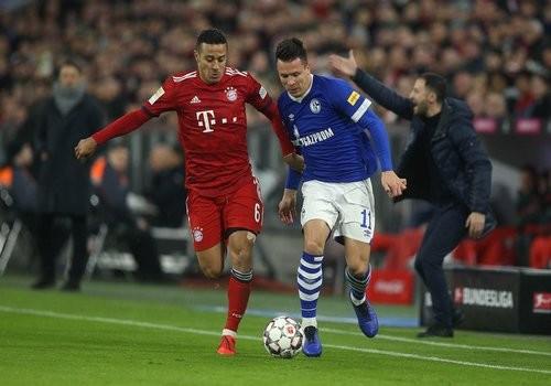 Коноплянка не помог Шальке избежать поражения от Баварии