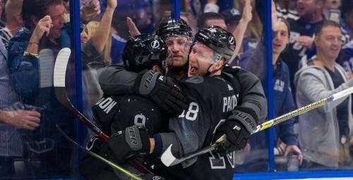 НХЛ. Битвы Тампы и Питтсбурга, Торонто и Монреаля, неудача Вашингтона