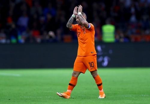 Снейдер провел последний матч за сборную Нидерландов
