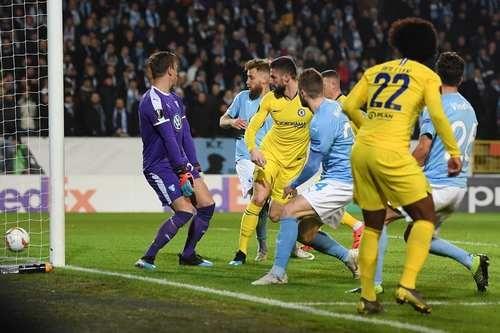УЕФА выдвинул обвинения Челси и Мальме за фанатские беспорядки