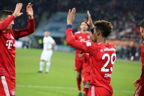 Бавария вырвала победу над Аугсбургом