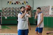 Вячеслав ПЕТРОВ: «Намека на дедовщину в сборной Украины нету»