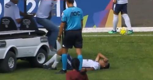 Футболиста переехала скорая. Жуткие и нелепые травмы футболистов
