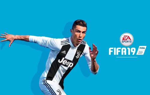 Роналду убрали с обложки FIFA 19