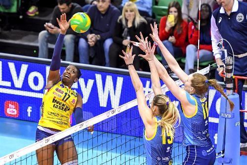 Состоялись матчи пятого тура группового этапа женской Лиги чемпионов