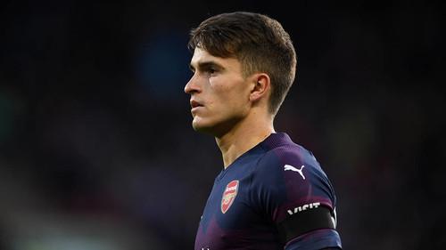 Денис Суарес, намекнул, что хочет остаться в Арсенале
