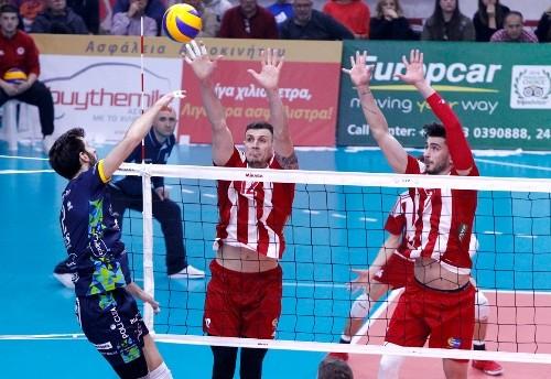 В первых полуфиналах Кубка ЕКВ победили Трентино и Кузбасс