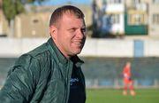 Главный тренер херсонского Кристалла увел команду с поля досрочно