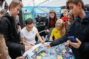 Тарас Степаненко та Ірина Кочнєва зустрілися з вболівальниками