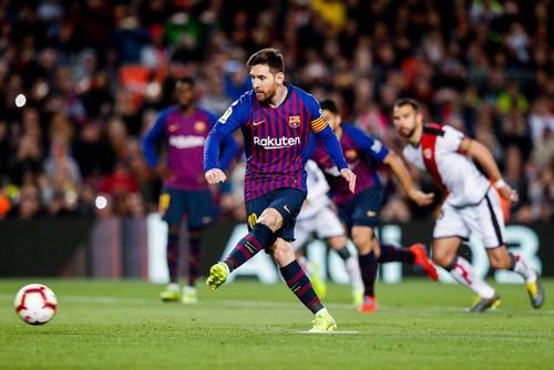 Барселона расправилась с Райо Вальекано перед игрой против Лиона