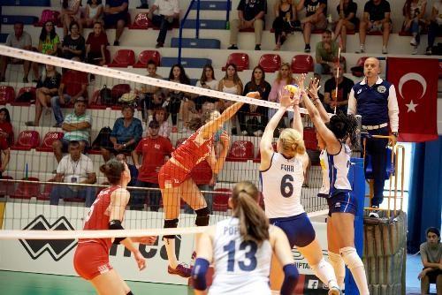 В финале молодежного Евро сыграют волейболистки Италии и России
